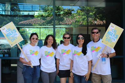 Photo of staff and Steve Sutton in UC Walks tshirts.